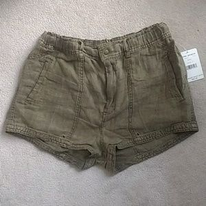 NWT Free People Beacon Olive Linen Utility Shorts